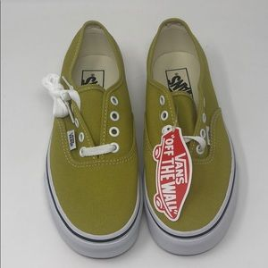 NIB VANS Authentic Sneaker Size: 7 Womens in Green
